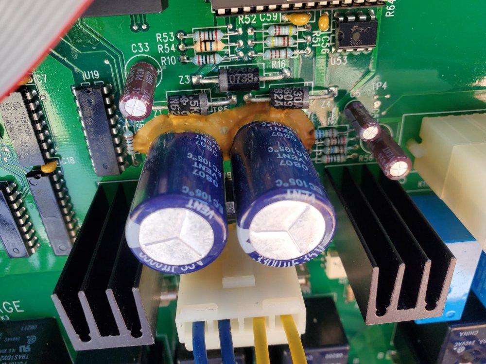 board capasitor close up.jpg